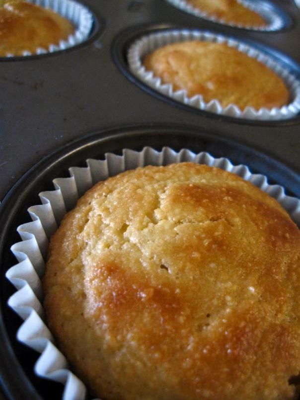 almond-muffins02_lores